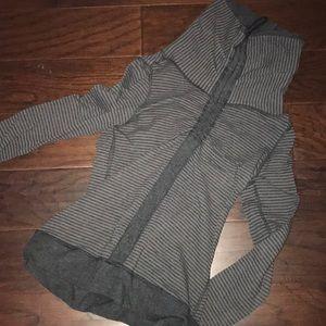 lulu lemon pull over sweatshirt